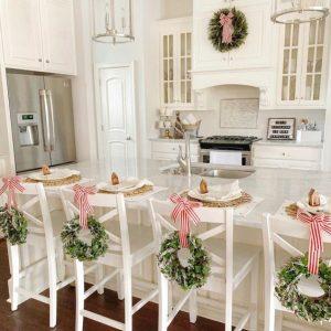 finishing touch wreaths-chrissymarieblog.com