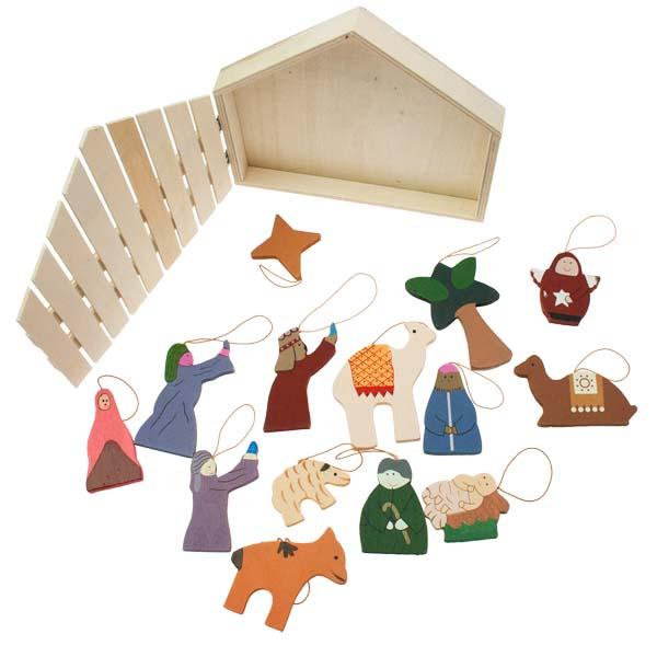 Gisela Graham 11 Piece Wooden Nativity Set - 14cm