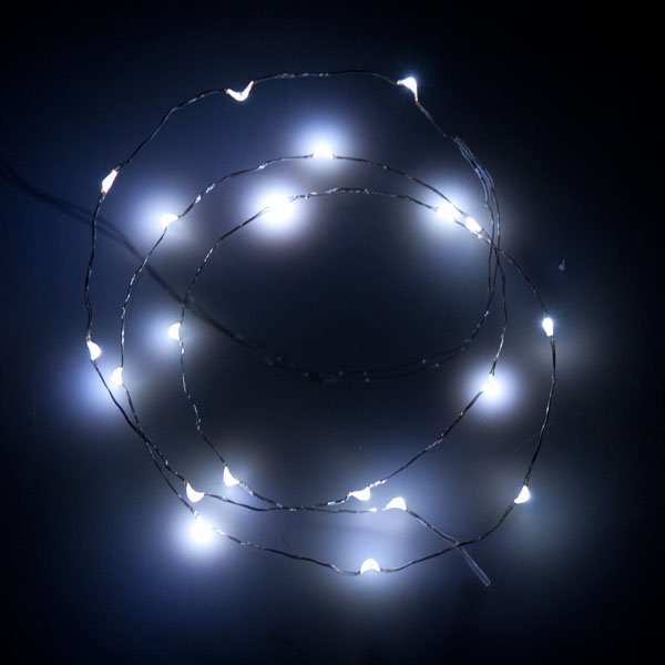 1m Length Of 20 White Battery Operated Indoor Micro LED Fairy Lights Metallic Silver Cable