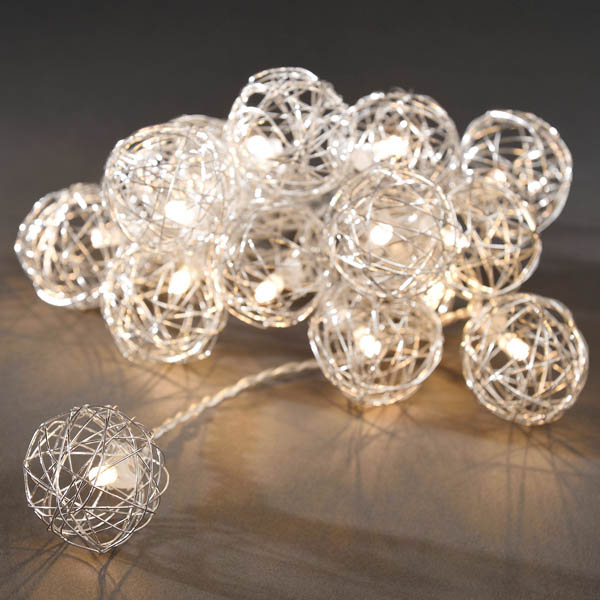 Konstsmide 16 Silver Battery Operated Wire Mesh Balls With Warm White LED's Clear Cable
