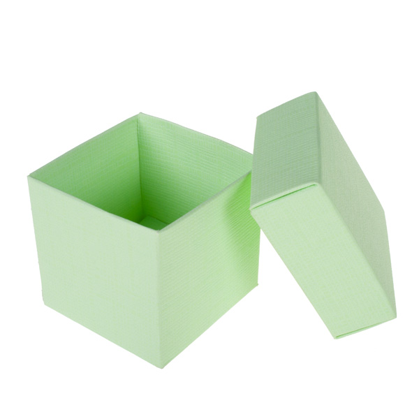 Spring & Autumn Range Green Silk Favour Box