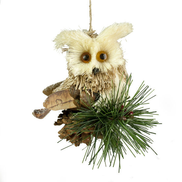 Straw Owl Hanging Decoration With Pinecone And Berries - 11cm