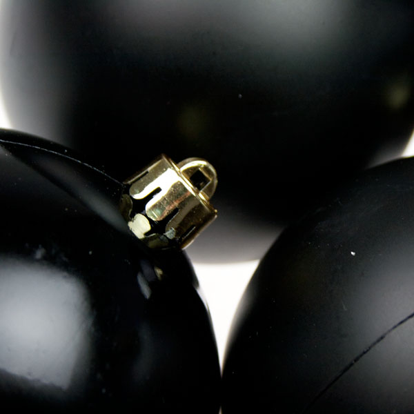 Black Baubles - Shatterproof - Pack of 4 x 100mm