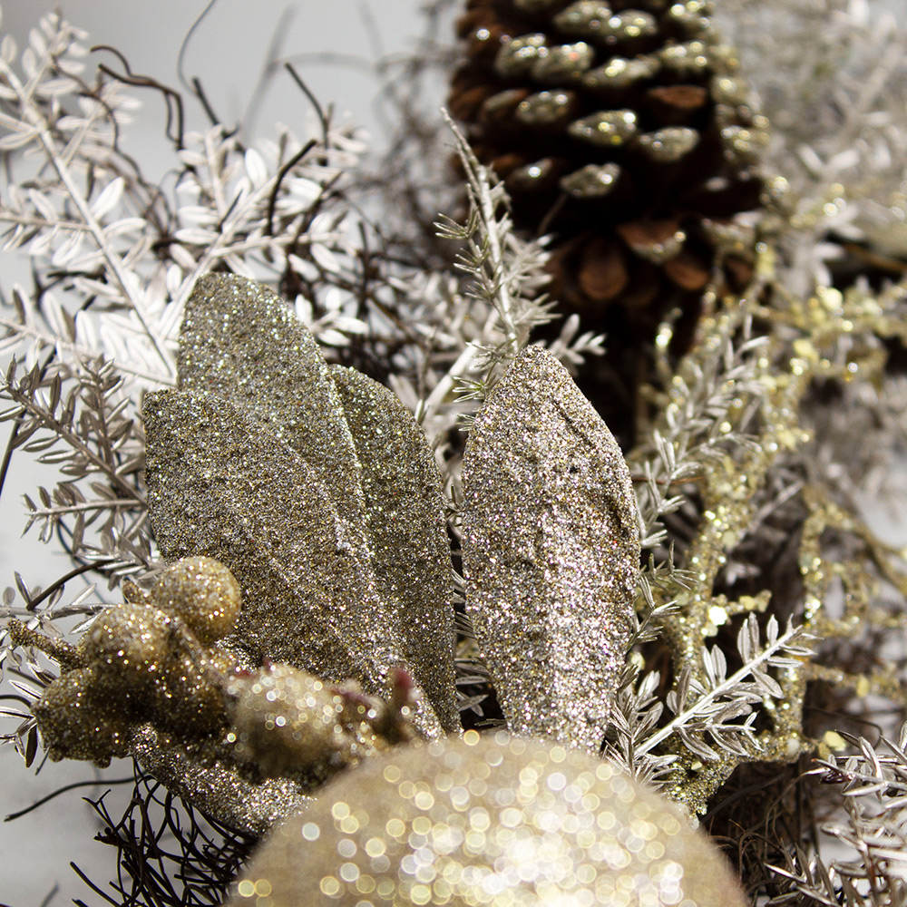 Champagne Gold Foliage, Bauble  And Cone Range - 1.8m Garland