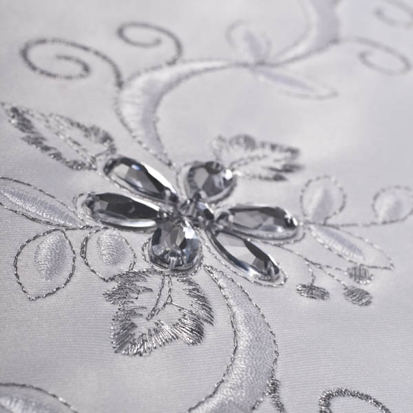 ... Peggy Wilkins White U0026 Silver Luxury Table Runner   33cm X 178cm (13