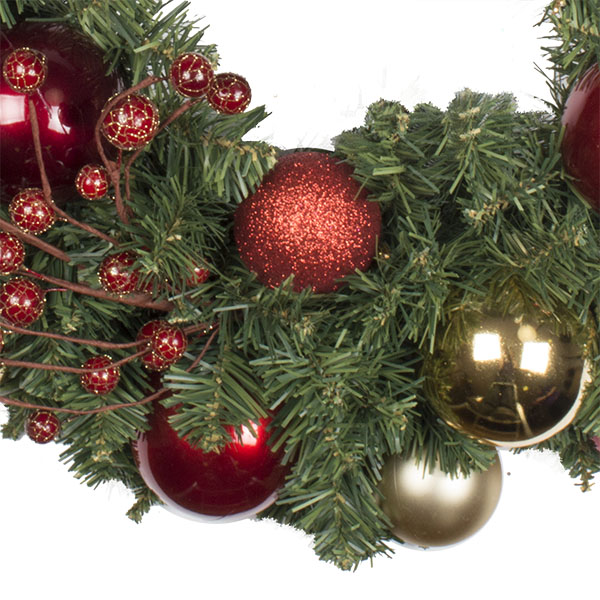 Traditional Theme Range - 60cm Pre-Decorated Wreath
