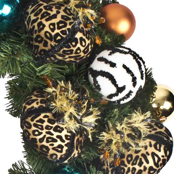 Seasonal Safari Theme Range - 60cm Pre-Decorated Wreath