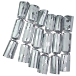 040-20361 £17.75 Tom Smith White & Silver Crackers - 6 X 12.5